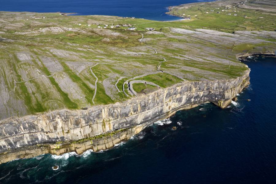 Inishmore and Cliffs of Moher Cruises Combination Trip